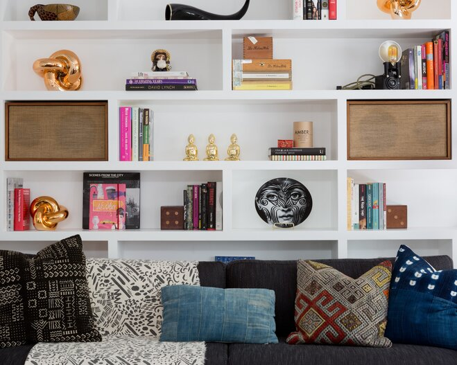 5 things every 20 something needs in their living room for 10 things every living room needs