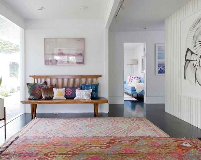 5 things every 20 something needs in their living room - Bedroom ideas for twenty somethings ...