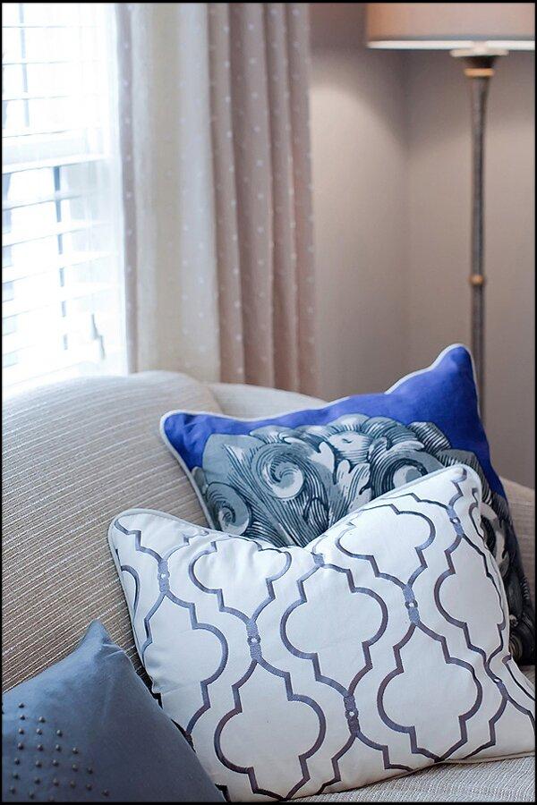 Custom pillows Contemporary Living Room design