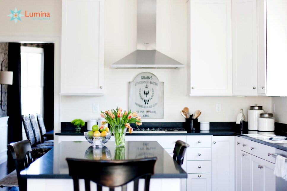 LuminaNH Photography - Kelli Wholey Traditional Kitchen design
