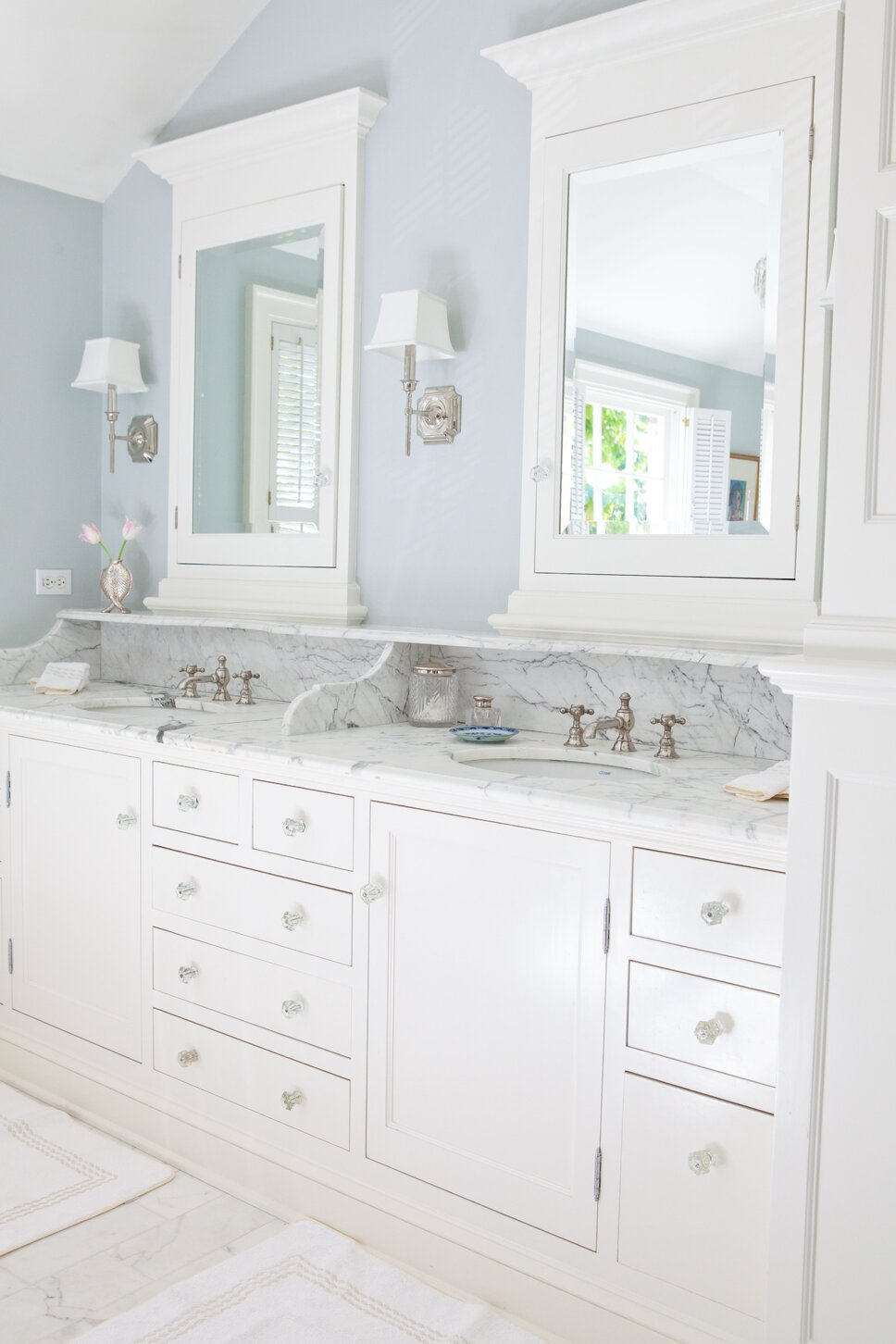 Traditional master bathroom with all of the modern conveniences.  Take me away! Traditional Bathroom design