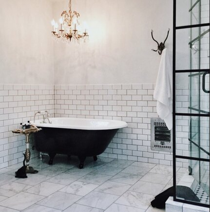 Glam Bathroom design