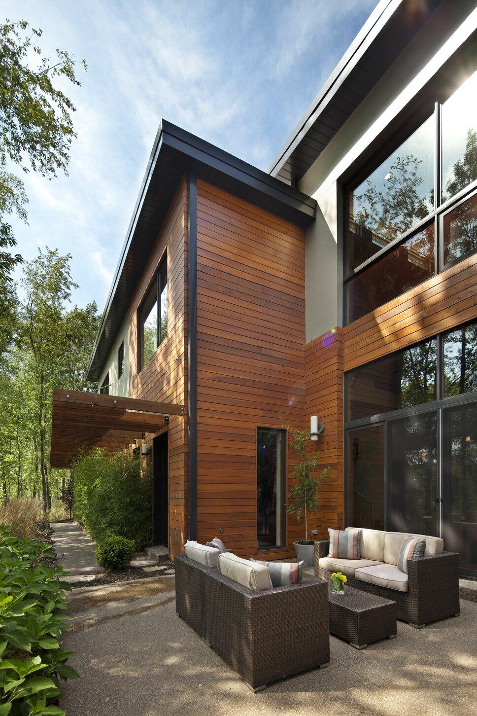 Modern Exterior, Deck, & Patio design