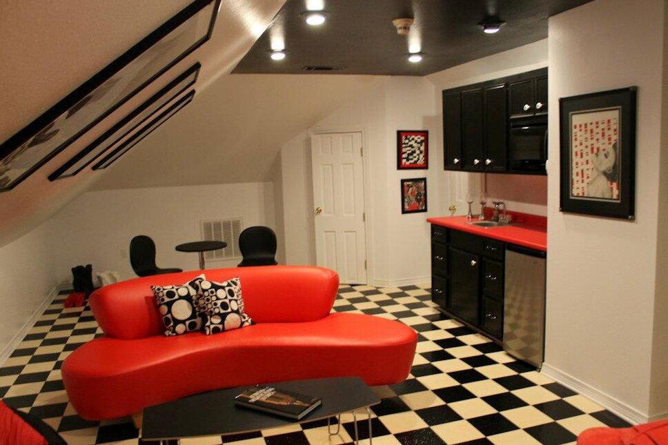 www.stricklandinteriors.com Modern Living Room design