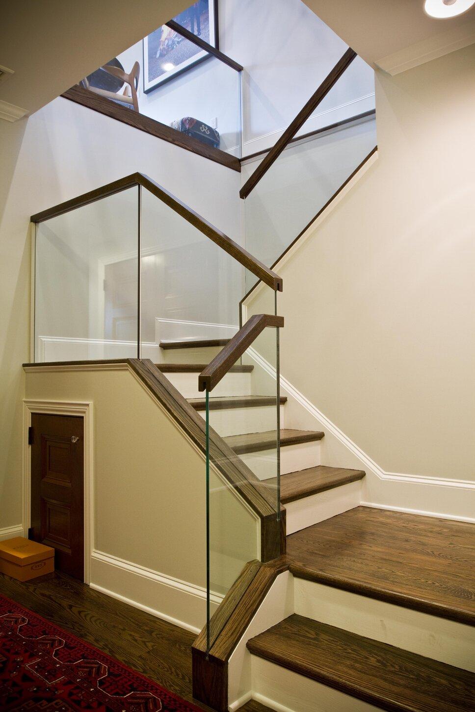 Interior Design by SHOPHOUSE Design Modern Entryway & Hallway design
