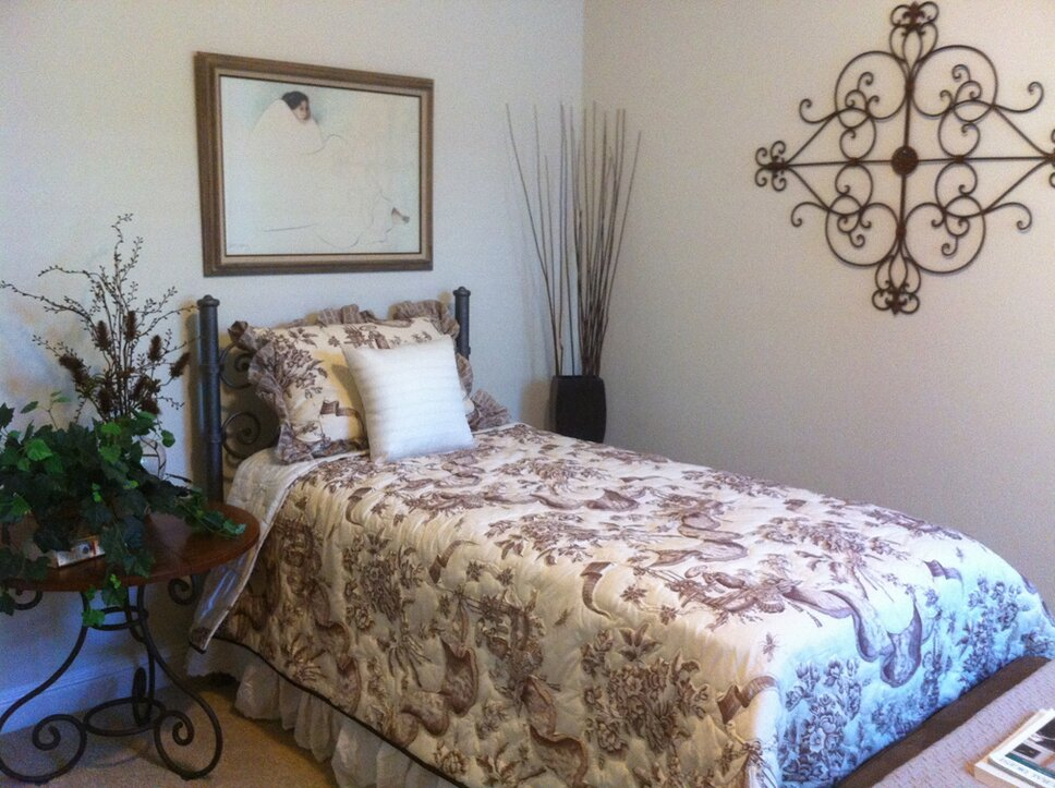 Cottage/Country Bedroom design