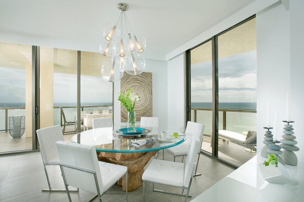 Residential interior design project in Sunny Isles, Florida. Photos by Alexia Fodere. Modern Dining Room design