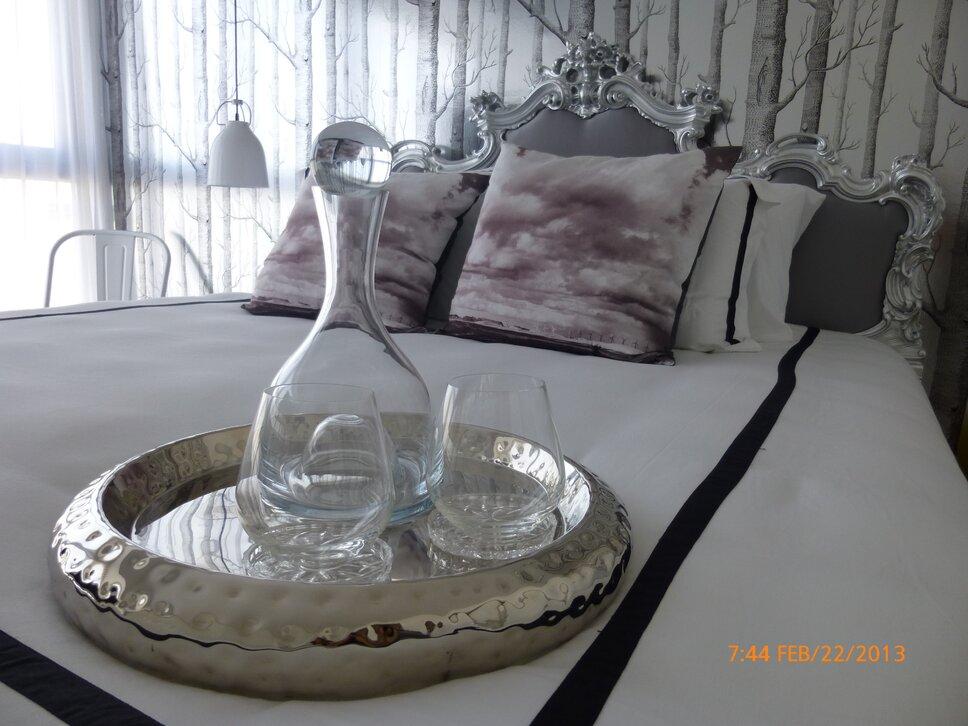 Glam Bedroom design