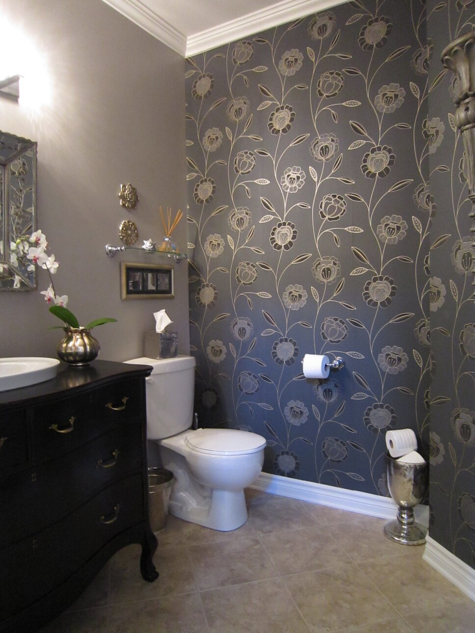 DESIGN AND PHOTO CREDITS- LISA GOULET DESIGN Traditional Bathroom design