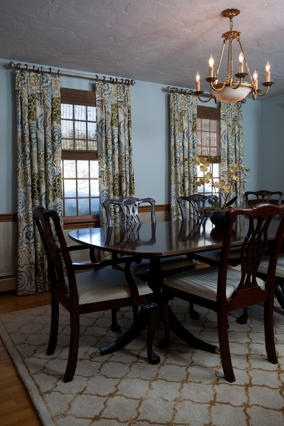 Photo by Hayward Photography Traditional Dining Room design