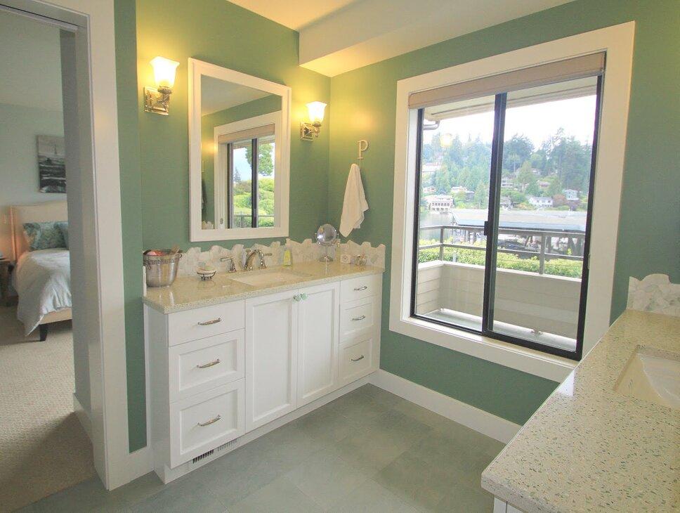 Master bathroom Coastal Bathroom design