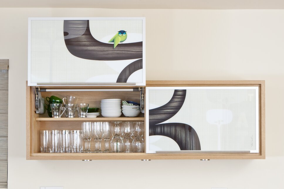 Photos by www.zornphoto.com, Cabinets by www.avenuetwo-design.com, Art by www.tandiventer.com Modern Kitchen design