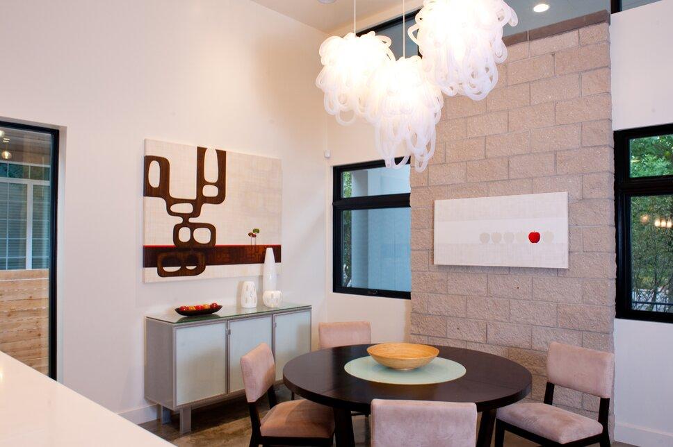 Photo by www.johnpaynestudios.com Modern Dining Room design