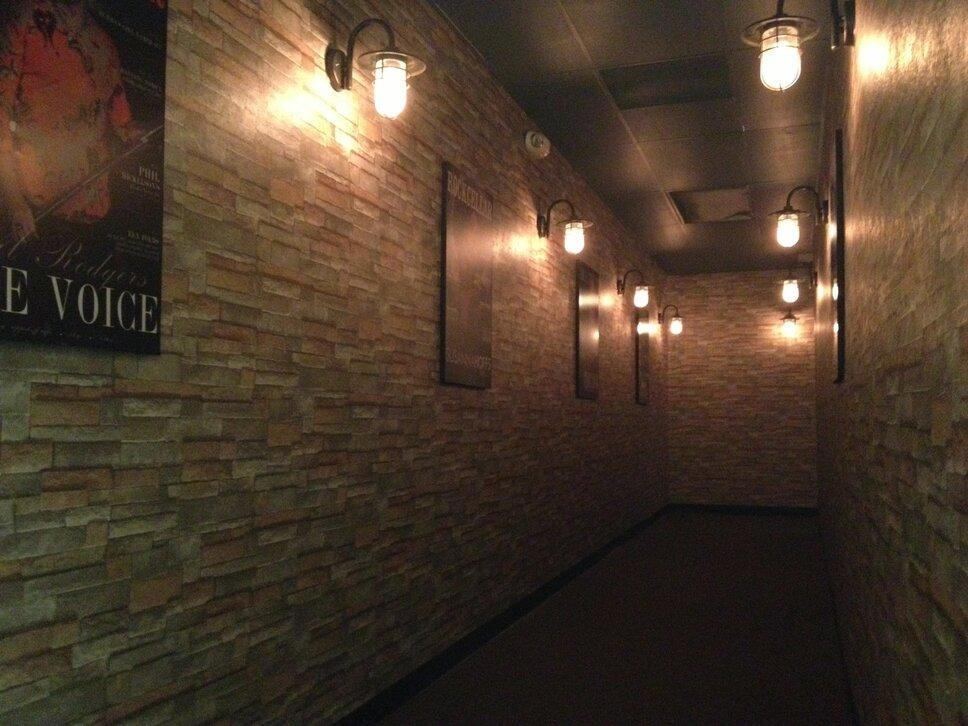 Rustic Entryway & Hallway design