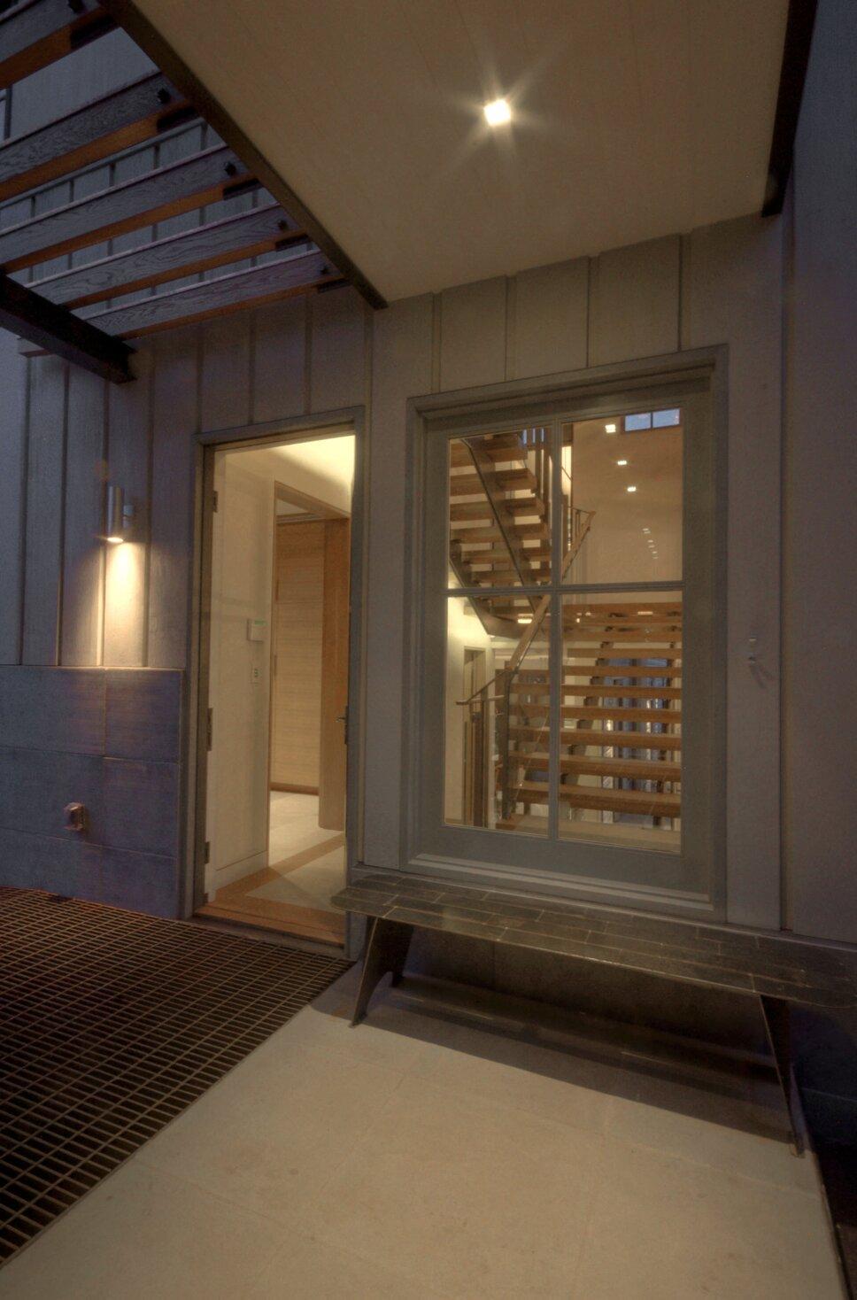 Contemporary Exterior, Deck, & Patio design