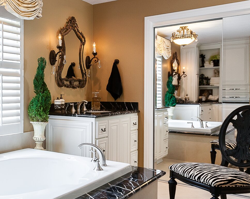 Lynch Design Group, DL Construction, Rick Mattson Photography Traditional Bathroom design