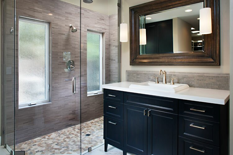 Photo taken by Zack Benson Contemporary Bathroom design