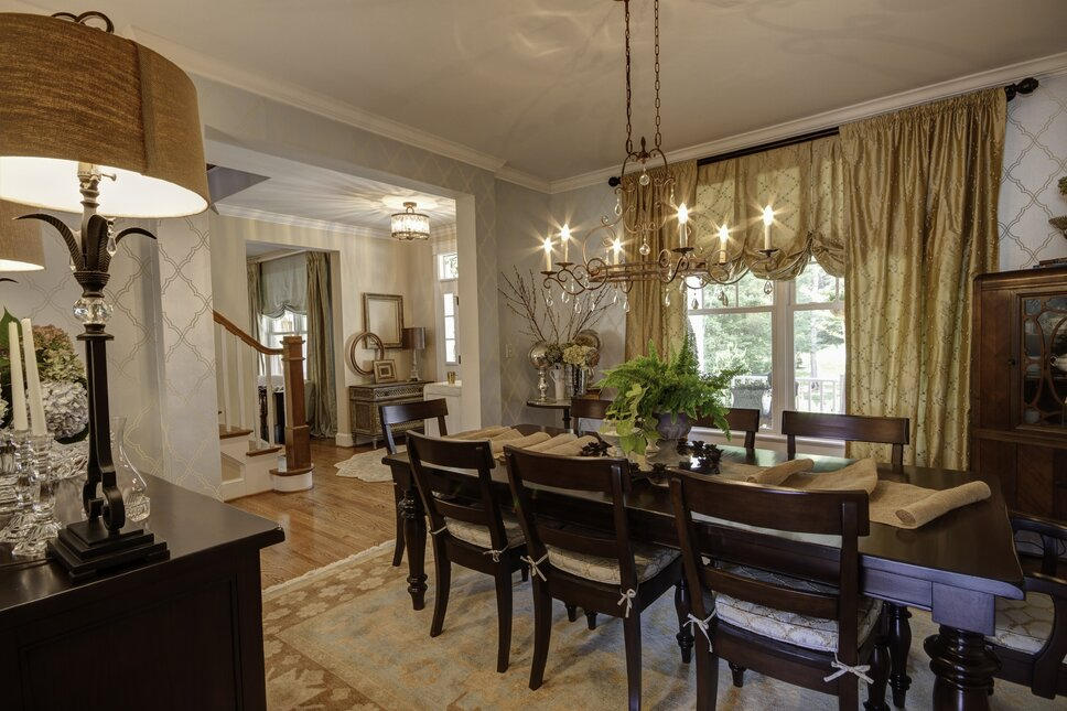 Photography by Kim Veillon for Embellish Interiors Traditional Dining Room design