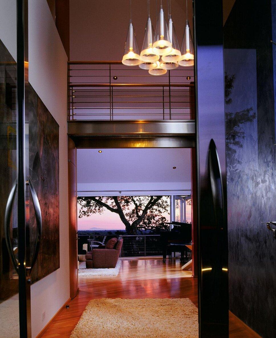 Modern Entryway & Hallway design