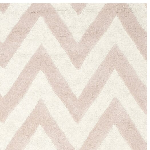 Safavieh Cambridge Chevron Light Pink & Ivory Area Rug