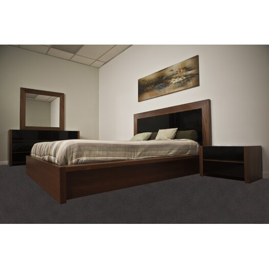 Beverly Hills Furniture Stark Platform Bed