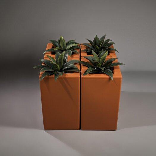 Rotoluxe Square Planter Box