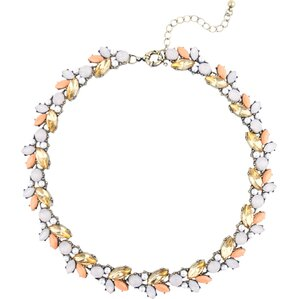 Mews Necklace in Pink