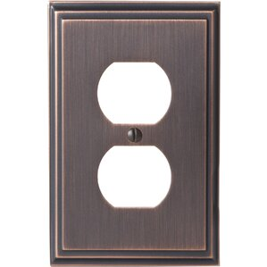 Oliver Outlet Wall Plate