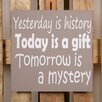 Factory4Home 2-tlg. Schild-Set BD-Yesterday is history, Typographische Kunst in Taupe