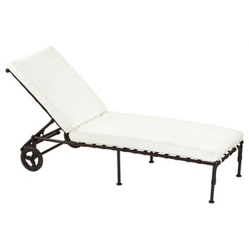 Sifas usa kross chaise lounge with cushion allmodern - Prix d une chaise ...