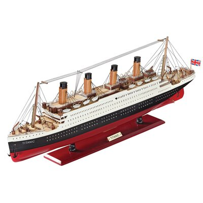Design Toscano The Titanic Collectible Museum Model Ship