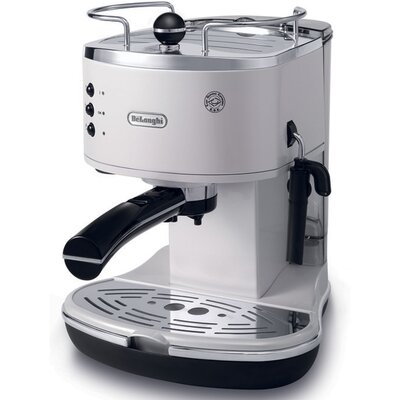 Pump Espresso Maker Color: White