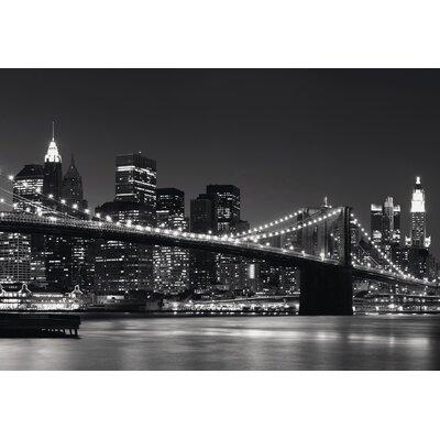 Eurographics Eurographics New York Skyline Photographic Print in Grey