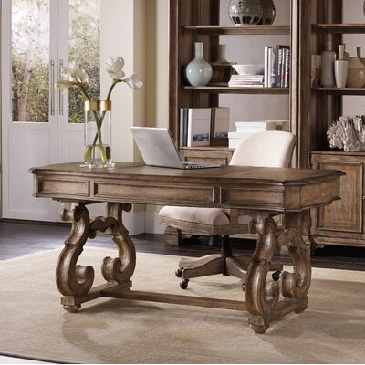 Solana Writing Desk