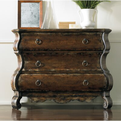 Wakefield 3 Drawer Shaped Chest