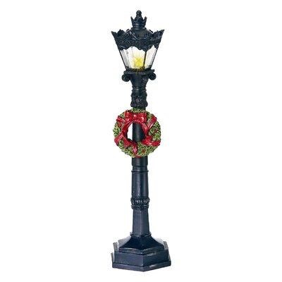 Regency International LED Lamp Post and Wreath