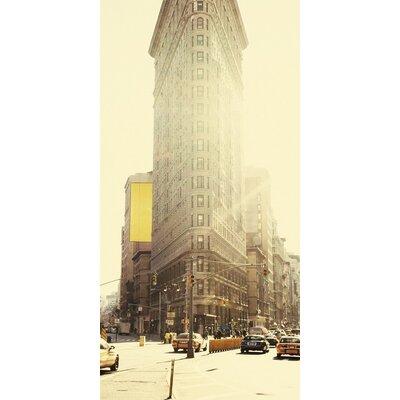 Art Group Flatiron Building, New York Photographic Print on Canvas