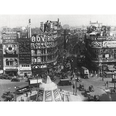 Art Group Time Life - Piccadilly Circus London 1942 Canvas Wall Art