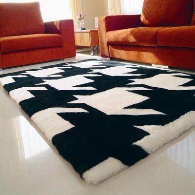 Bowron Sheepskin Shortwool Design Hand-Woven White/Black Area Rug