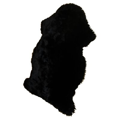 Bowron Sheepskin Long Wool Gold Star Black Area Rug