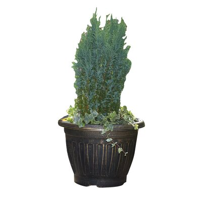 Gablemere 4 Piece Round Pot Planter Set