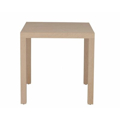 Parsons Dining Table Wood Veneer: Cherry, Finish: Clear
