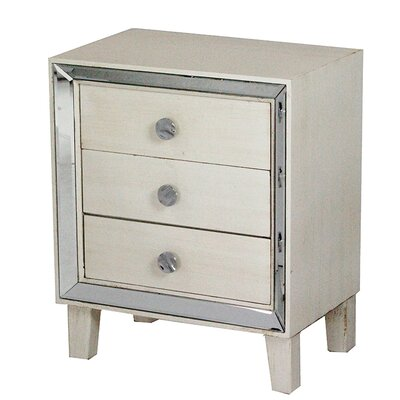 3 Drawer Accent Chest Color: Antique White
