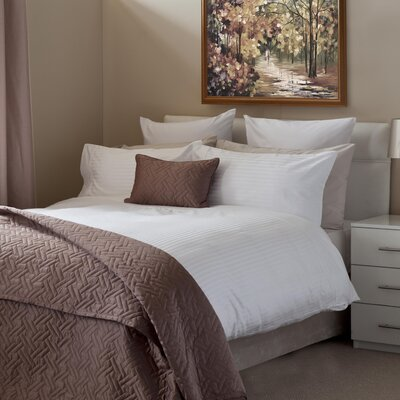 BenchmarkBrands Hotel Egyptian Quality Cotton Duvet Set