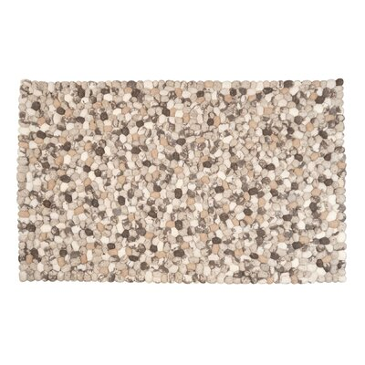 Green Decore Gozo Stones Hand-Woven Natural/Grey Area Rug