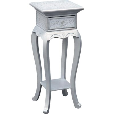 DUSX Carrie Side Table