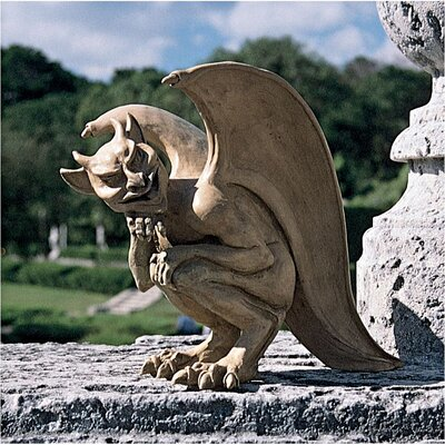 Design Toscano Statue Cambridge Hopping Gargoyle