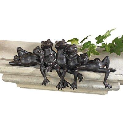 Design Toscano Lazy Daze Knot of Frogs Statue