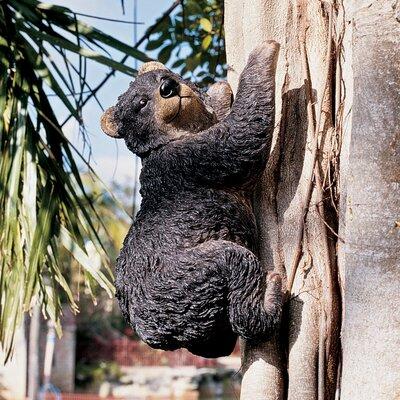 Design Toscano Statue Yonva the Climbing Bear