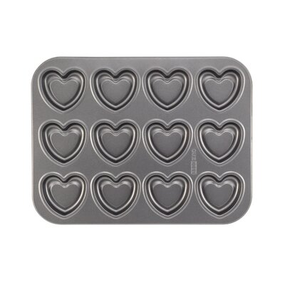 Cake Boss Non-Stick 37.81 cm Carbon Steel Heart Cookie Pan